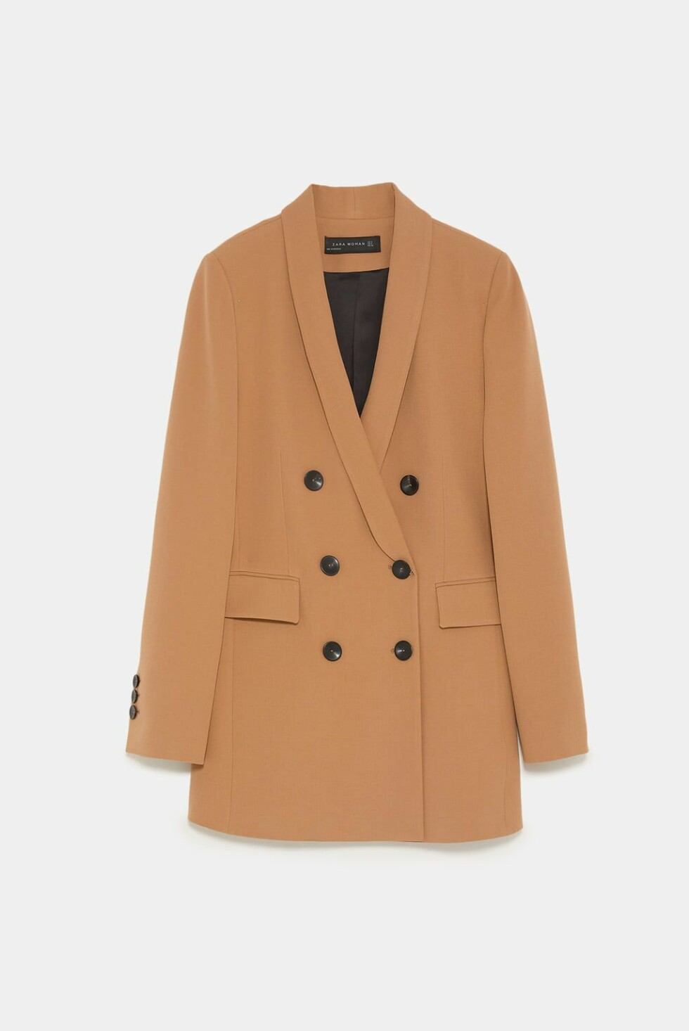 Blazer fra Zara |1000,-| https://www.zara.com/no/no/blazer-med-smokingkrage-p08042703.html?v1=7292519&v2=1074648