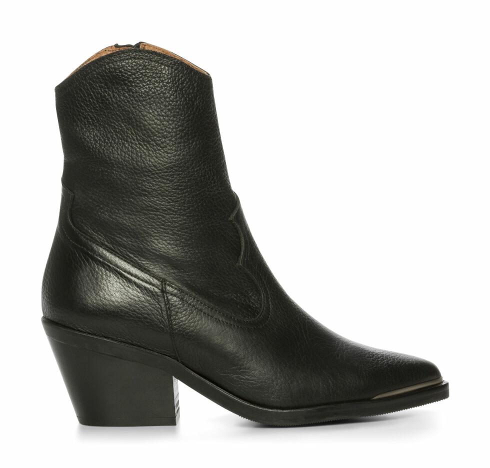 Clou/Nilsson Shoes, kr 1500