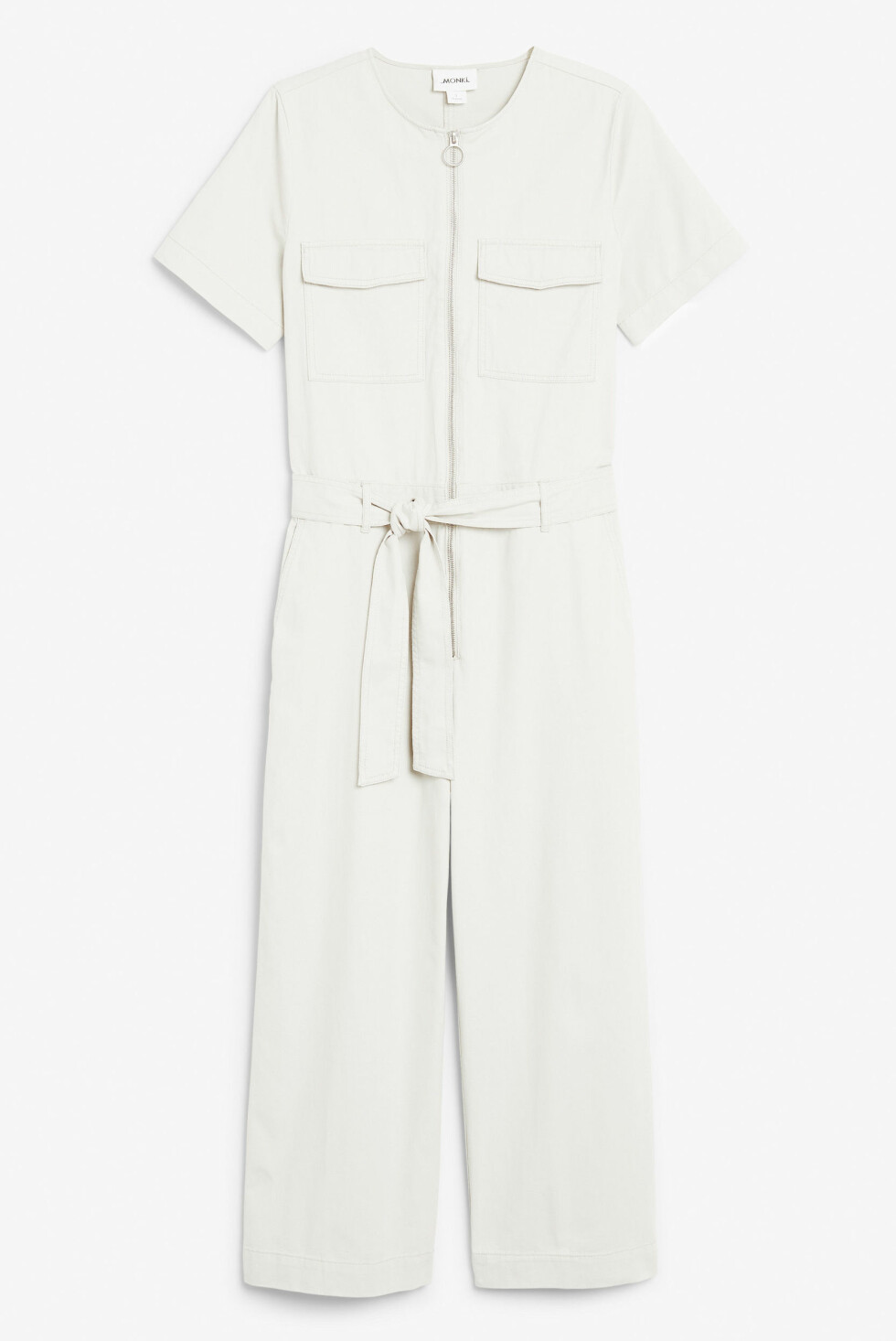 <strong>Jumpsuit fra Monki |400,-| https:</strong>//www.monki.com/en_sek/clothing/jumpsuits/product.utility-jumpsuit-white.0674256002.html