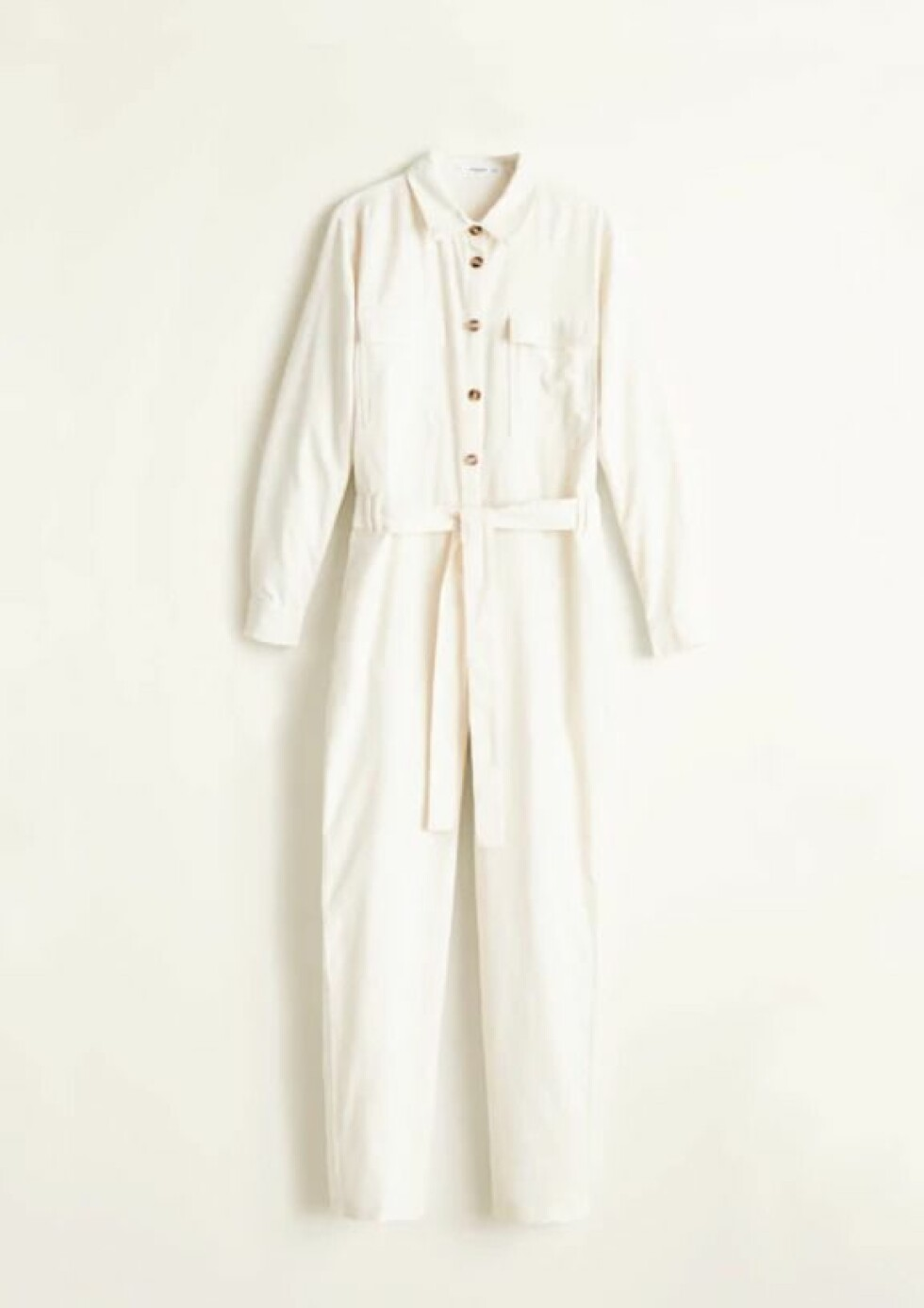 <strong>Jumpsuit fra Mango |700,-| https:</strong>//shop.mango.com/no-en/women/jumpsuits-long/cotton-long-jumpsuit_33053795.html?c=02