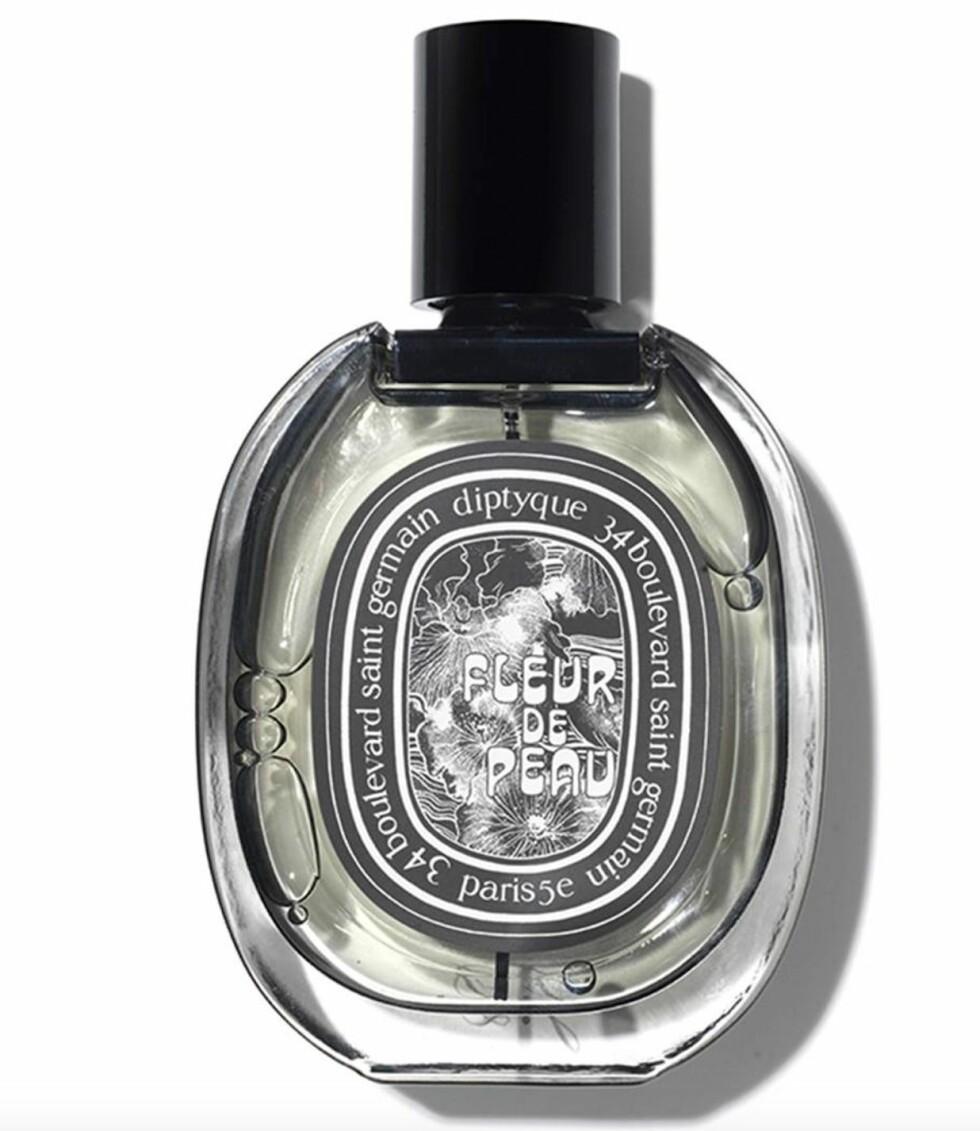 Et hjerte av musk som i følge parfymøren er duften av hud (kr 1200, Diptyque, Fleur de Peau).