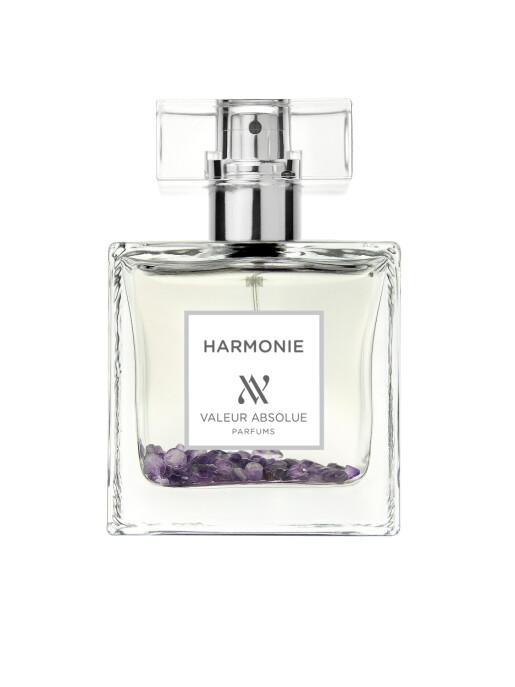 Et hjerte av musk som i følge parfymøren er duften av  Duften lover harmoni med musk, amber ekte amtyst som har beroligende egenskaper (kr 1200, Valeur Absolue, Harmonie).