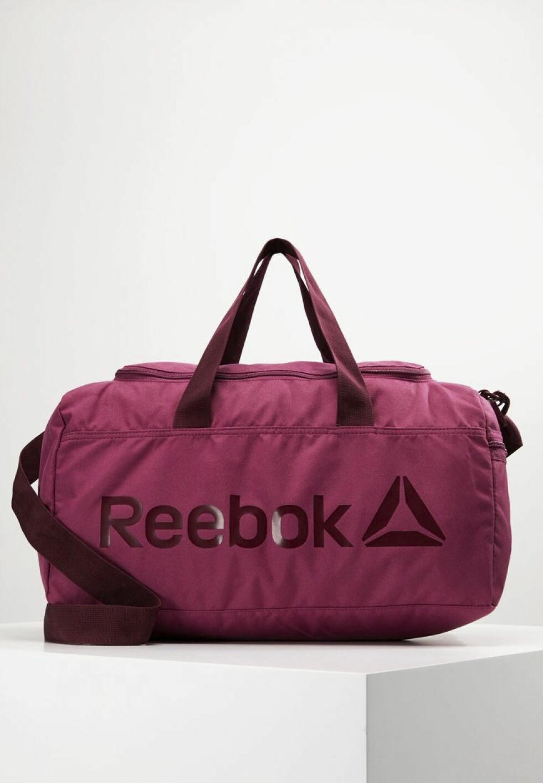 Reebok, kr 250
