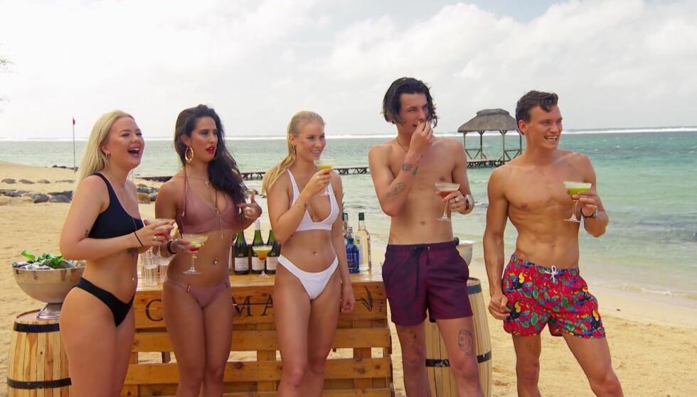 EX ON THE BEACH: En britisk psykolog mener slike programmer gjør dramafylte forhold og storforbruk av partnere til noe «normalt». Foto: TV Norge.