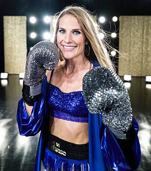 FRA KICKBOKSING TIL DANSEPARKETTEN: Thea Næss sier til KK at hun merker at hun får bruk for triksene hun har lært i ringen på danseparketten. FOTO: TV 2