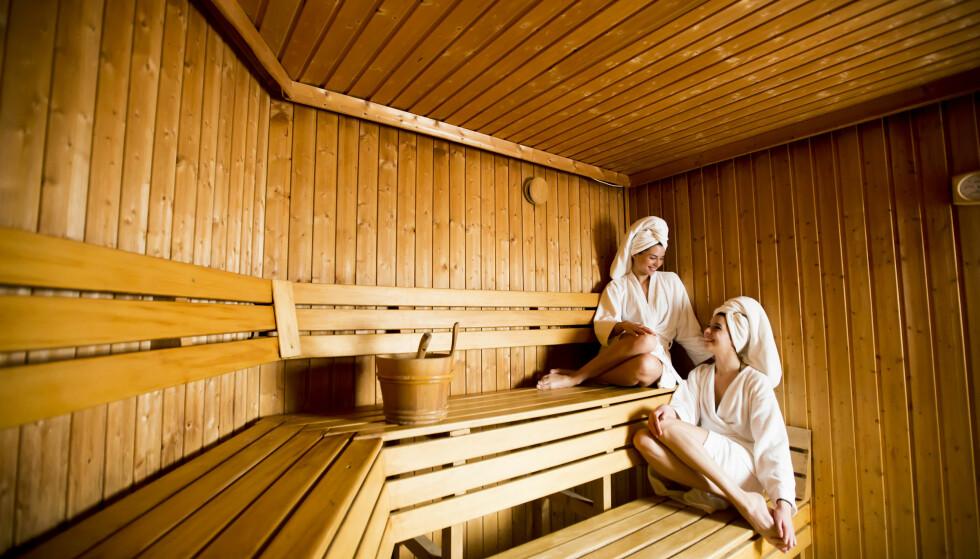 SAUNA: Helt siden oldtiden har svetting gjennom varmebad blitt brukt som en måte å helbrede sykdommer på. FOTO: NTB Scanpix