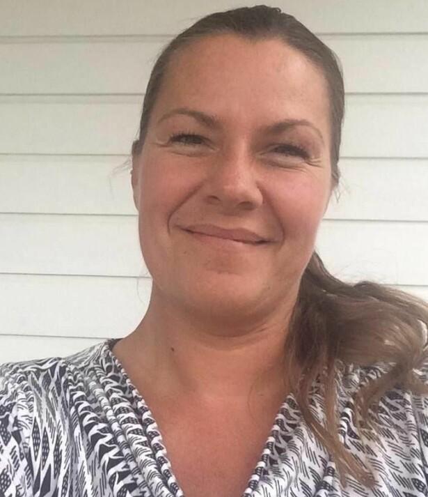 HJELPER MENNESKER I SORG: Ann Kristin Helgetun jobber i dag som sorgterapeut. FOTO: Privat