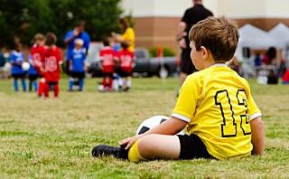 Færre barn deltar på fritidsaktiviteter - mange foreldre har ikke råd