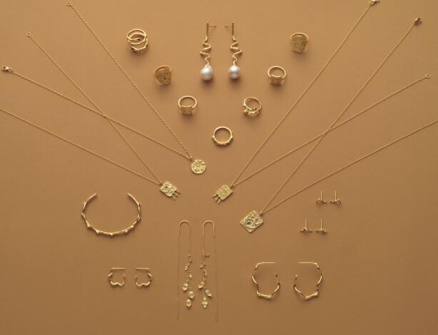 Lotte solgte smykkene sine på festival for å få råd til bryllup