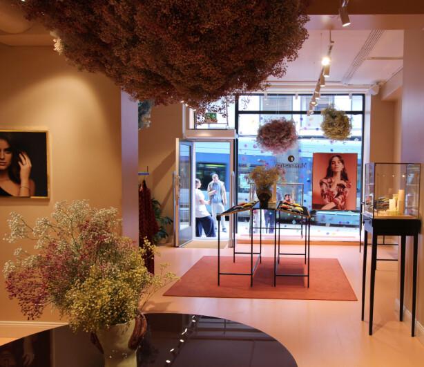ÅPNET I NORGE: Maanestens første norske butikk befinner seg i Prinsens gate i Oslo.