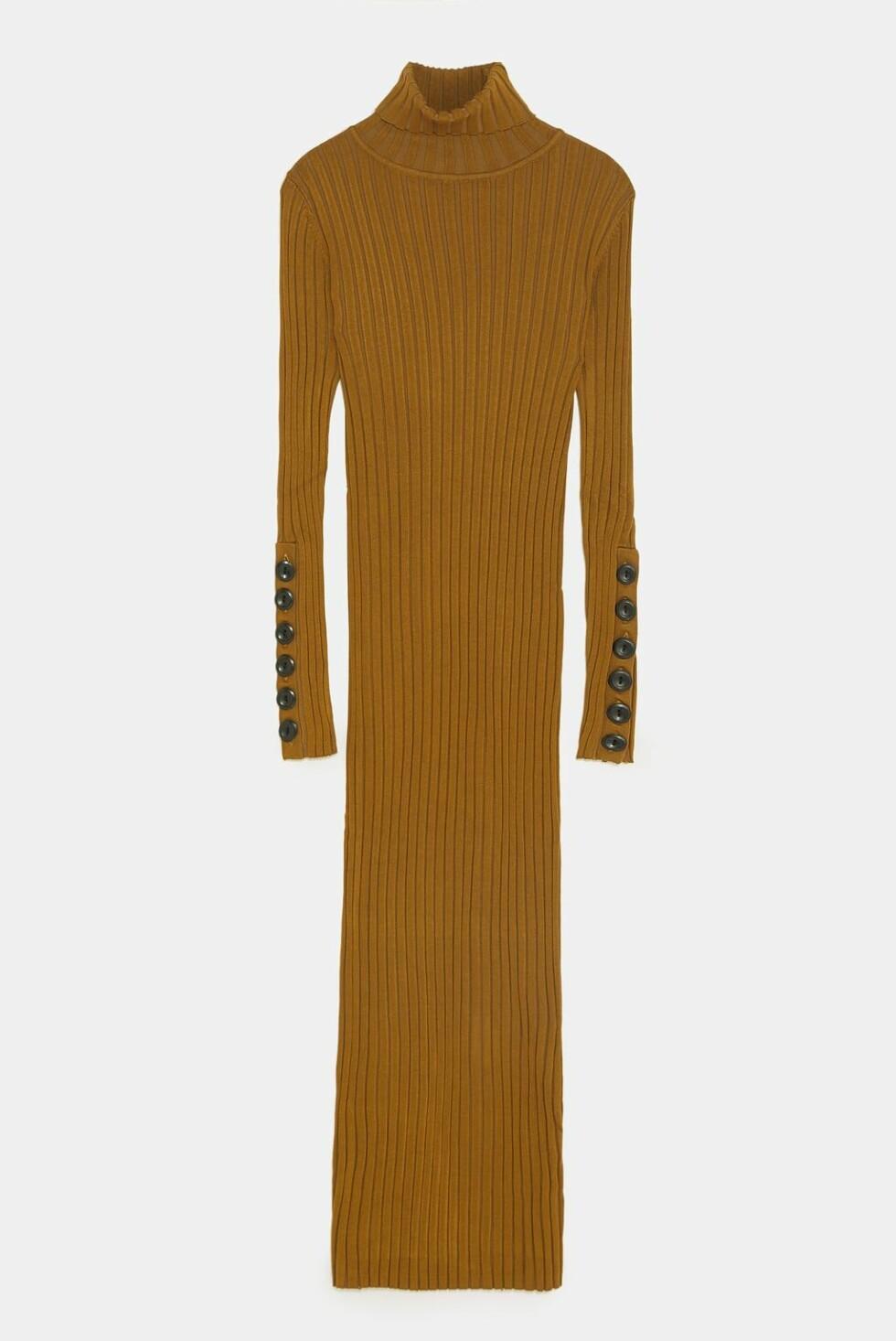 Kjole fra Zara |299,-| https://www.zara.com/no/no/strikkekjole-med-knapper-p03471105.html?v1=7439507&v2=1074660