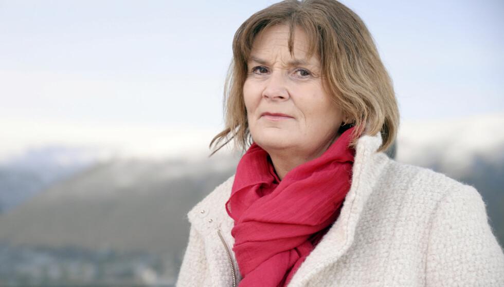 MISTET LILLESØSTEREN: For 10 år siden mistet Ingrid Kjelstrup (54) lillesøsteren Kristin Kjelstrup, da politikjæresten skjøt og drepte henne utenfor Slettaelva skole i Tromsø. Kristin ble bare 40 år. Vi har møtt Ingrid i Tromsø, der hvor hendelsen skjedde i 2009. FOTO: Rune Stoltz Bertinussen
