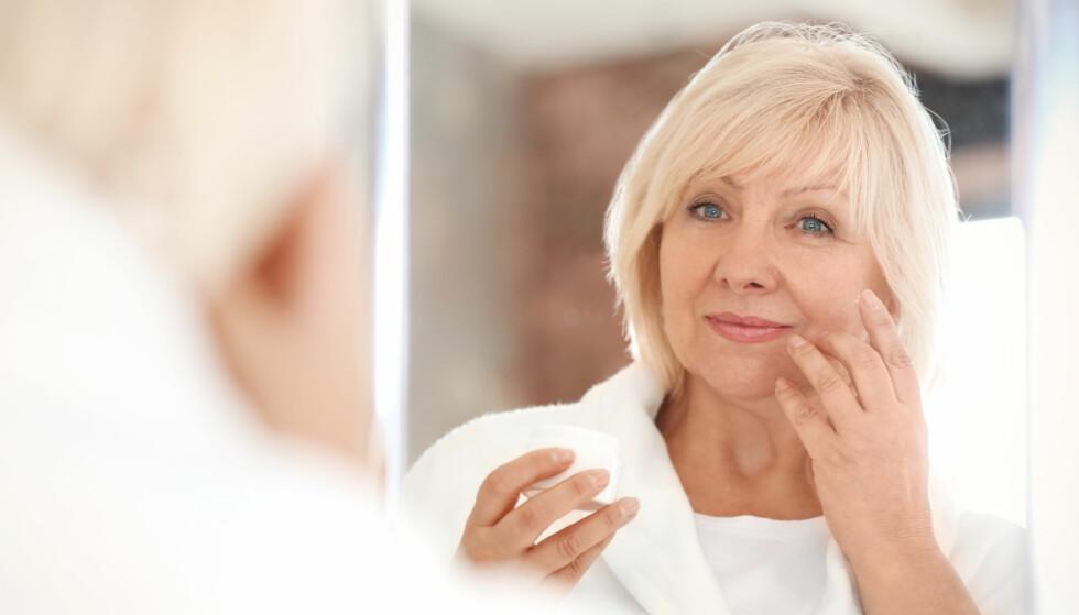 UNGDOMSKILDE: Hudterapeut Grethe Marie Grimen sier at hyaluronsyre «plumper» huden og gjør den fyldigere – og dermed glattere og jevnere. FOTO: Scanpix