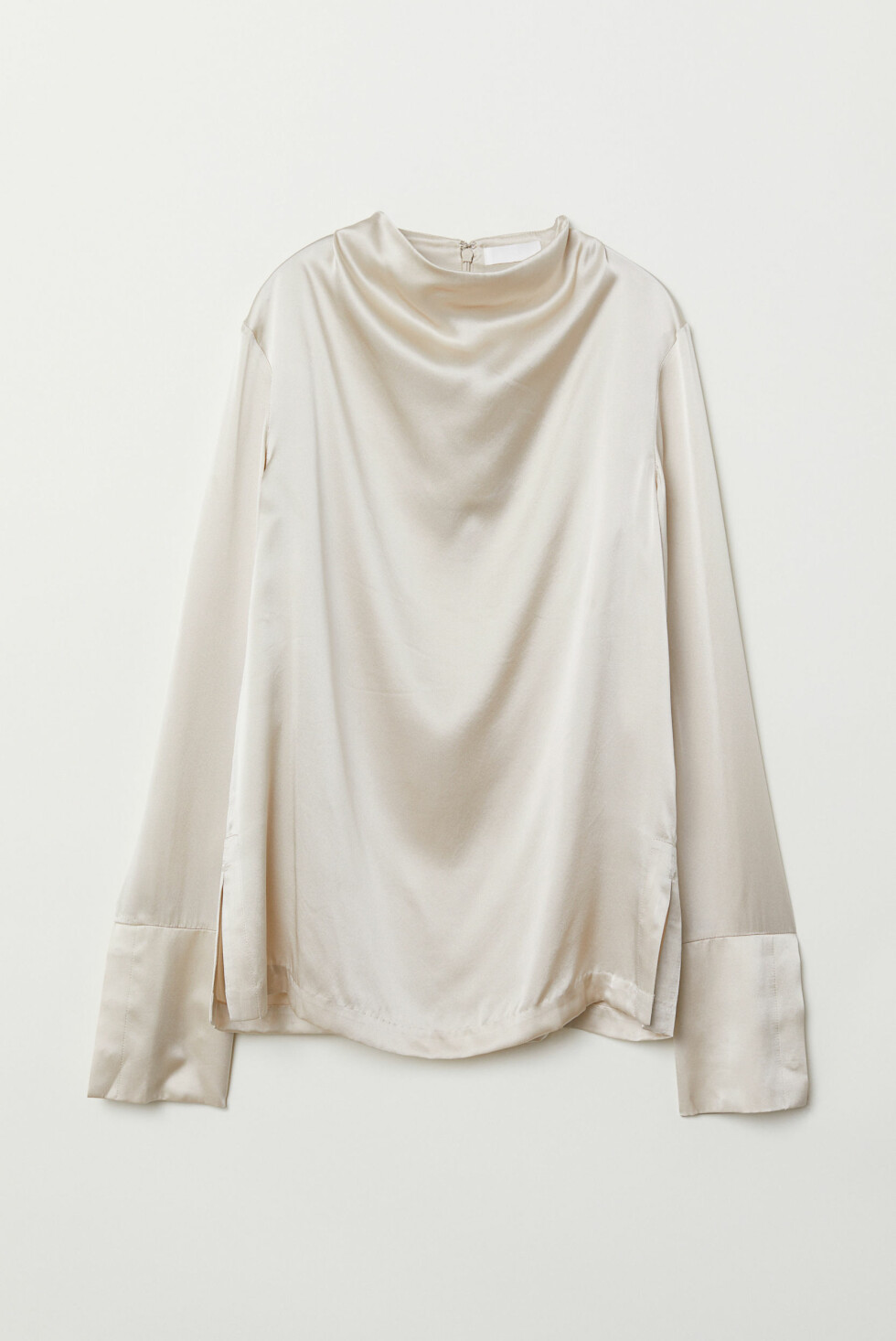 Silketopp fra H&M |1000,-| https://www2.hm.com/no_no/productpage.0699266001.html