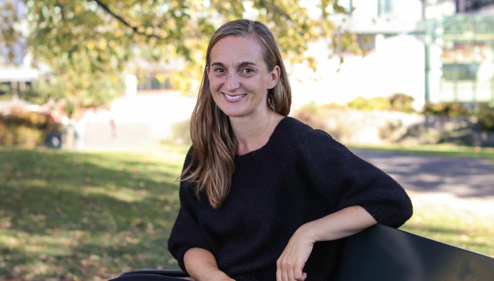 Å VOKSE OPP SOM SKILSMISSEBARN: Marte Magnusdotter Solem (40) vokste opp som skilsmissebarn. Disse erfaringene har hun tatt med seg i debutromanen «Jeg har mer jeg vet du vil like». FOTO: Ida Bergersen