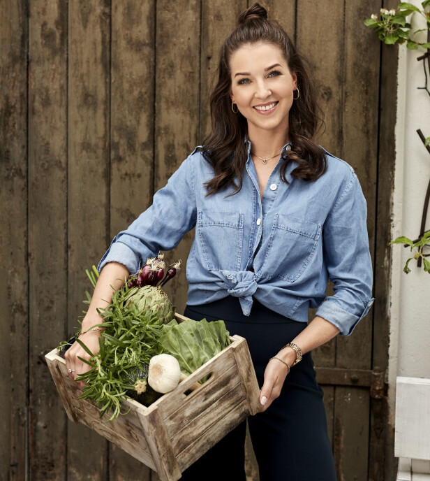 KOSTHOLD: Gran-Jansen mener at så lenge man spiser variert og mye grønt i ukedagene, så gjør det ingenting om man koser seg med litt bakst og godteri i helgen. FOTO: Truls Quale