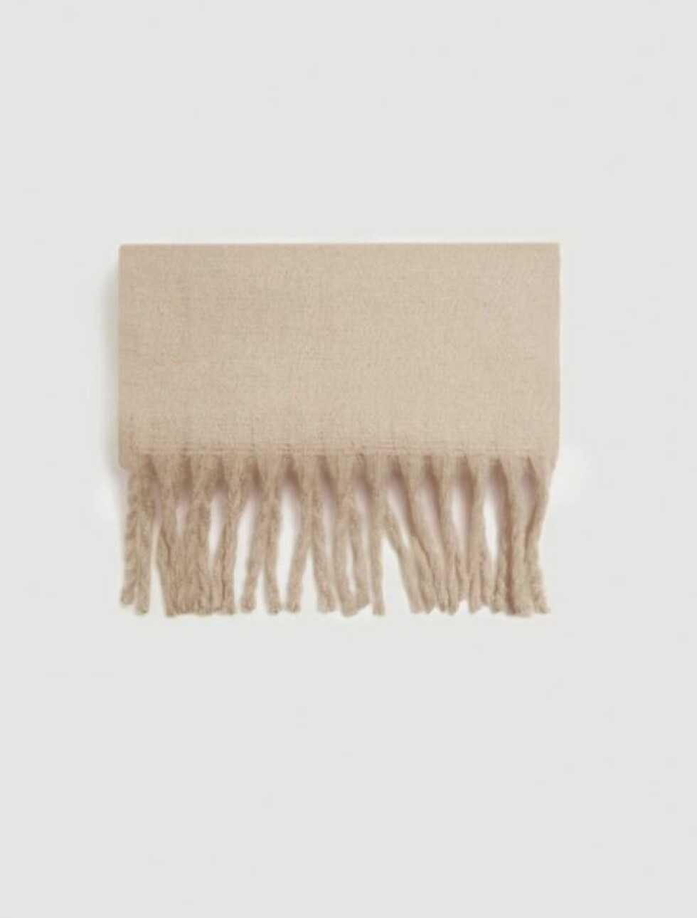 Skjerf fra Mango  299,-  https://shop.mango.com/no-en/women/scarves-and-foulards/textured-maxi-scarf_33013765.html?c=08&n=1&s=accesorios_she.accesorio;52,452