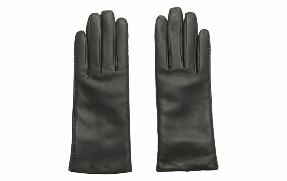Hansker fra Filippa K  850,-  https://www.boozt.com/no/no/filippa-k/touch-gloves_18679200/18679204?path=67362&navId=67362&sNavId=67705&group=listing&position=1000000