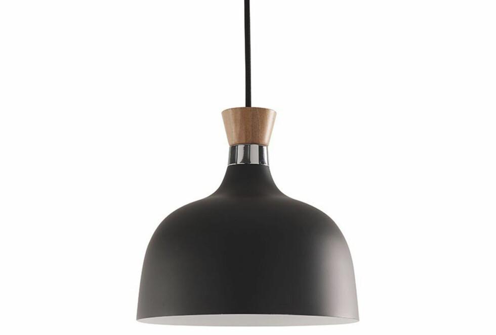 Lampen «Design» (kr 499, Skeidar).