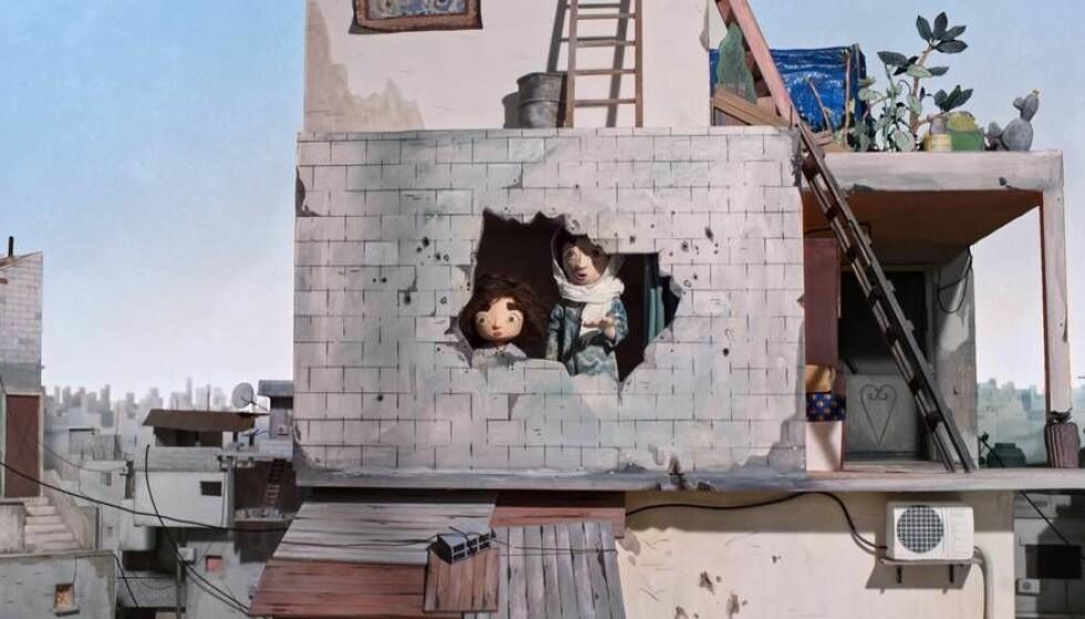 DELER AV LIVSERFARING: Wardis tante Hanan deler av sin historie og livserfaring. FOTO: Tårnet / Tenk.tv
