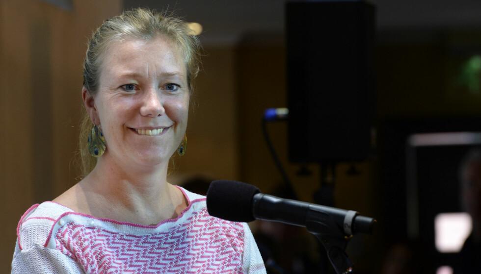 SNAKKER OM DØDEN: Programleder og skribent Vera Micaelsen var kreftsyk i fire år. I en siste hilsen snakker hun om døden til Aftenposten Juniors lesere. FOTO: NTB Scanpix