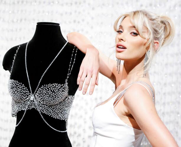 ELSA HOSK: Den svenske modellen brukte årets Fantasy Bra under Victoria's Secret Fashion Show. Foto: Scanpix