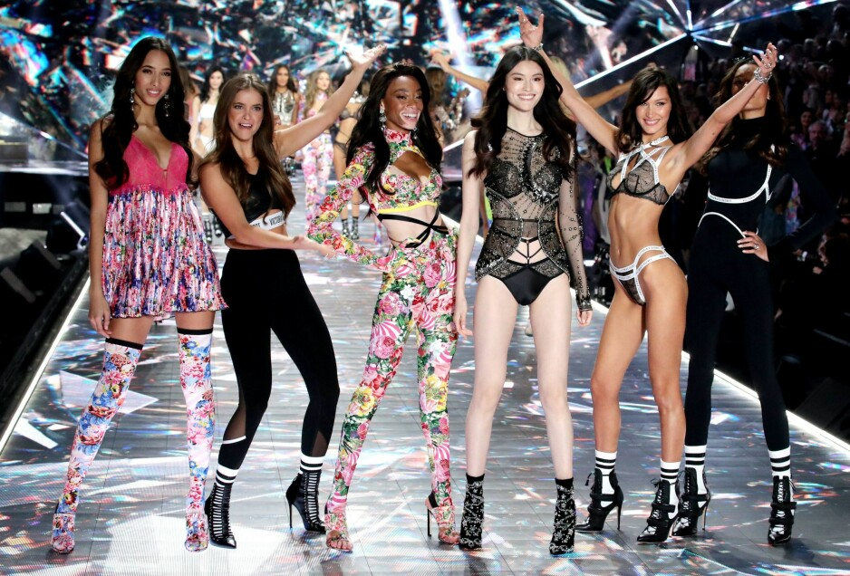 <strong>UNDERTØYSSHOW:</strong> I 23 år har undertøysmerket Victoria's Secret hatt storslått visning på catwalken. I år var intet unntak!