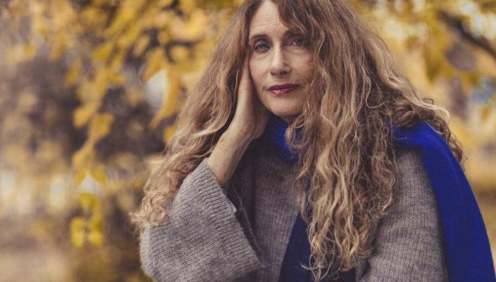 BOKAKTUELL: Vibeke Løkkeberg skriver om hvordan kjærligheten påvirkes av alvorlig sykdom. FOTO: Astrid Waller