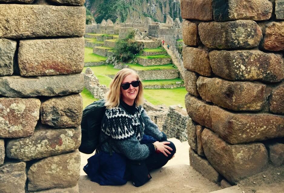 REISER HELST ALENE: Christina H. Skaatan (28) har reist til 48 land, og målet er 198. Neste år, skal hun reise i et helt år. FOTO: Privat