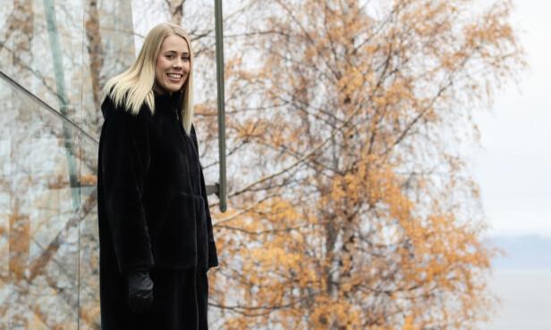 FIKK KOMME TIL EN SPESIALIST: Tilfeldigheter førte til at Elisabeth møtte en av Norges fremste spesialister på endometriose, og takket være han, fikk hun hjelpen hun sårt hadde behov for. FOTO: Ida Bergersen