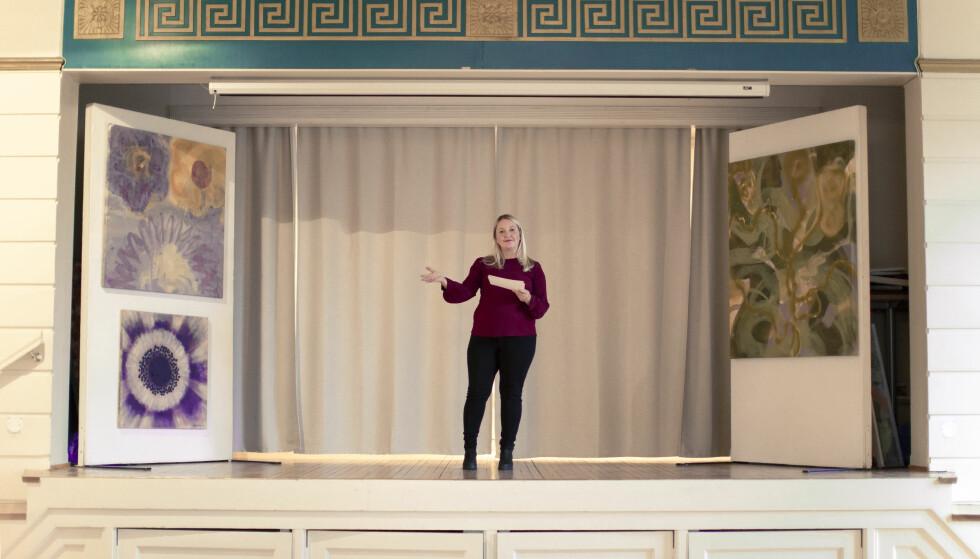 ØVELSE GJØR MESTER: Hege får mye tale-trening i sin nye hverdag som lokalpolitiker. Nå sikter hun mot ordførerrollen i Eidsvoll. FOTO: Astrid Waller.