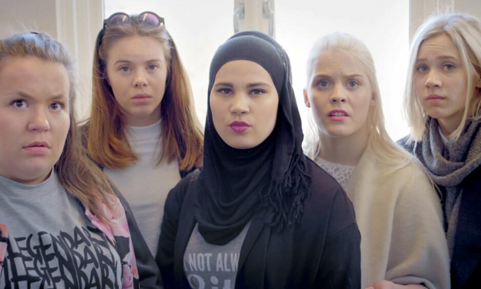 SLANGORD: Hvor god er du på ungdommelige ord og uttrykk? FOTO: NRK