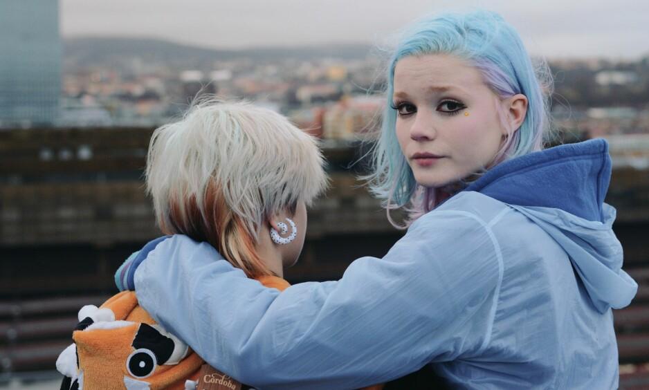 ROTLØS UNGDOM: Vilde (spilt av Ines Høysæter Asserson) drømmer om å komme seg vekk fra Oslo for å reise til Japan. Men en rotløs ungdomstilværelse og en skjebnesvanger livshendelse setter en stopper for planene. FOTO: Maipo film