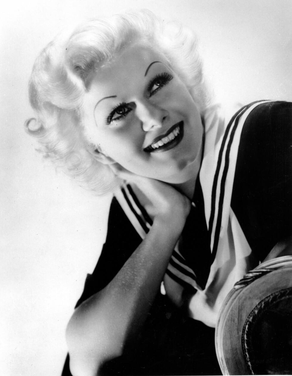 Jean Harlow (på bildet), Ava Gardner, og Marlene Dietrich er tre av skuespillerne som Max Factor bidro til å gjøre til store stjerner. Han ga Harlow tynne, bueformede bryn og definert amorbue på leppen. Gardner fikk lange, kraftige bryn i bue og svulstige lepper. Dietrich ga han definerte lepper, framhevede kinnbein – og ekte gullstøv i parykkene.