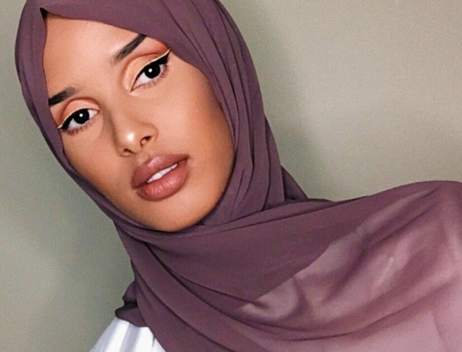 RAWDAH MOHAMED: Influenceren deler sine skjønnhetsrutiner med oss. Foto: Privat