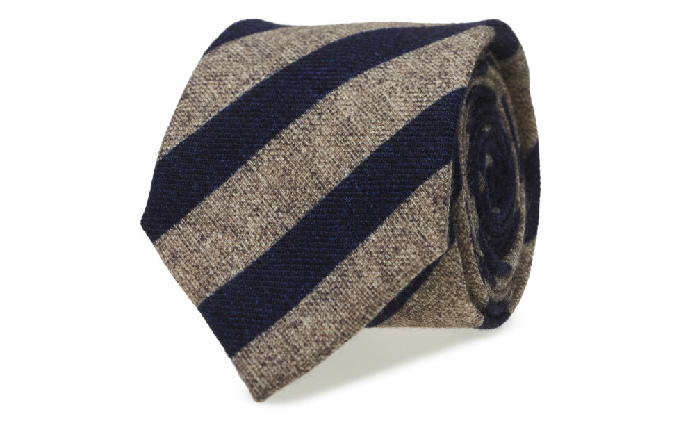 Slips fra Tommy Hilfiger |800,-| https://www.boozt.com/no/no/tommy-hilfiger-tailored/wool-stripe-print-7c_18139285/18139304?navId=69745&group=listing&position=1000000
