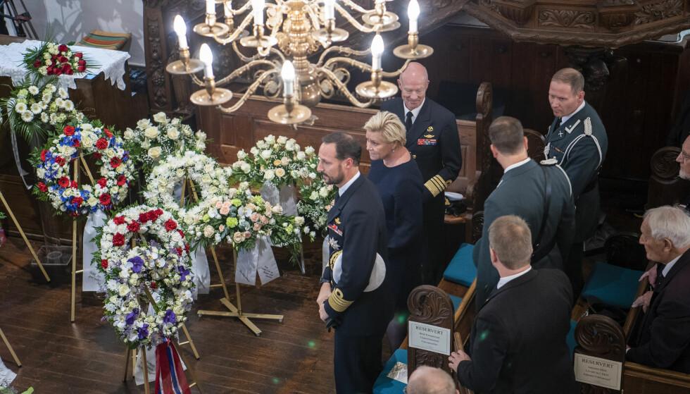 BEGRAVELSEN: Kronprins Haakon og finansminister Siv Jensen deltok i begravelsen til Rønneberg i oktober 2018. FOTO: NTB Scanpix