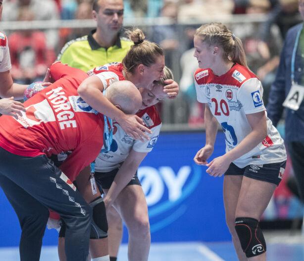 AMANDA KURTOVIC: Korsbåndet i venstre kne røk under Møbelringen Cup i Telenor Arena. Foto: Scanpix