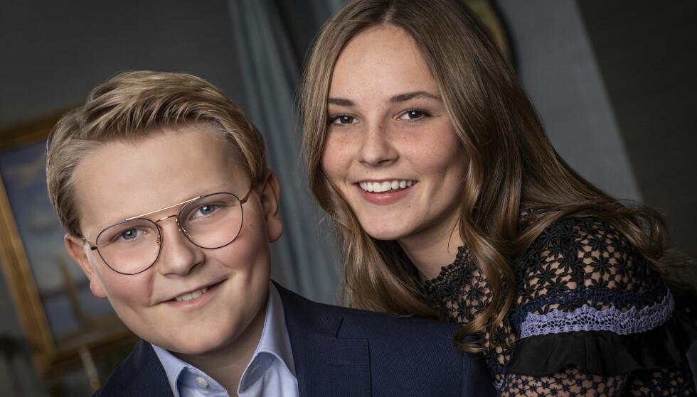 FLOTT SØSKENPAR: Nytt foto av søsknene prins Sverre Magnus og prinsesse Ingrid Alexandra tatt i forbindelse med hans 13-årsdag mandag 3. desember. FOTO: Julia Naglestad/Det kongelige hoff / NTB scanpix