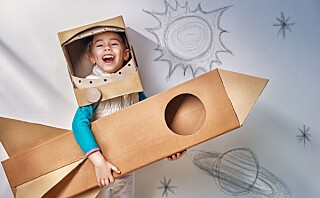 Slik oppmuntrer du barna til lek og kreativitet - uten skjerm