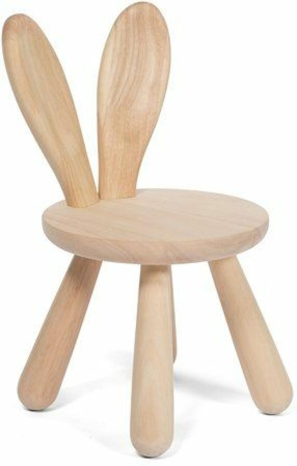 Stol |569,-| https://www.jollyroom.no/barnerommet/barnemobler/sittemobler/stoler/minitude-nordic-stol-kanin-tre