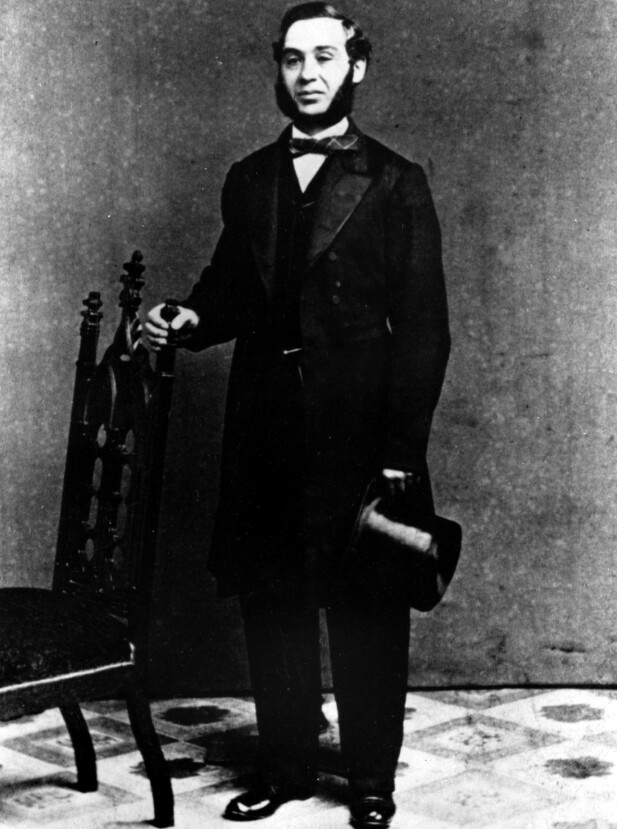 JEANSKONGEN: Levis Strauss emigrerte fra Bayern til New York i 1847. Seks år senere startet han Levis-fabrikken i San Fransisco, som produserte slitesterke bukser til gruvearbeiderne. FOTO: NTBScanpix