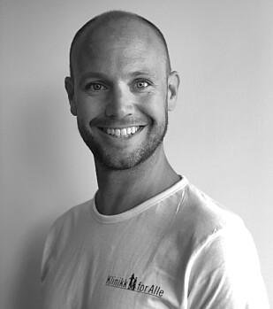 KIROPRAKTOR: Aleksander Homdrum påpeker inaktivitet er det største problemet når det gjelder forekomsten av nakkeplager. FOTO: Klinikk for Alle