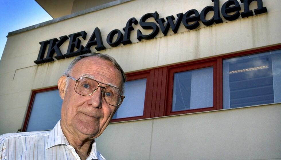 SUKSESS: Svenske Ingvar Kamprad gjorde milliardsuksess ut av den svenske møbelkjeden IKEA - som står for Ingvar Kamprad Elmtaryd Agunnaryd. Elmtaryd var gården Ingvar vokste opp på og Agunnaryd er området han vokste opp. Ettersom Ingvar slet med dysleksi bestemte han seg for å bruke et kort og enkelt navn. I dag har de fleste av oss ett eller flere IKEA-møbler i hjemmet. FOTO: NTB Scanpix