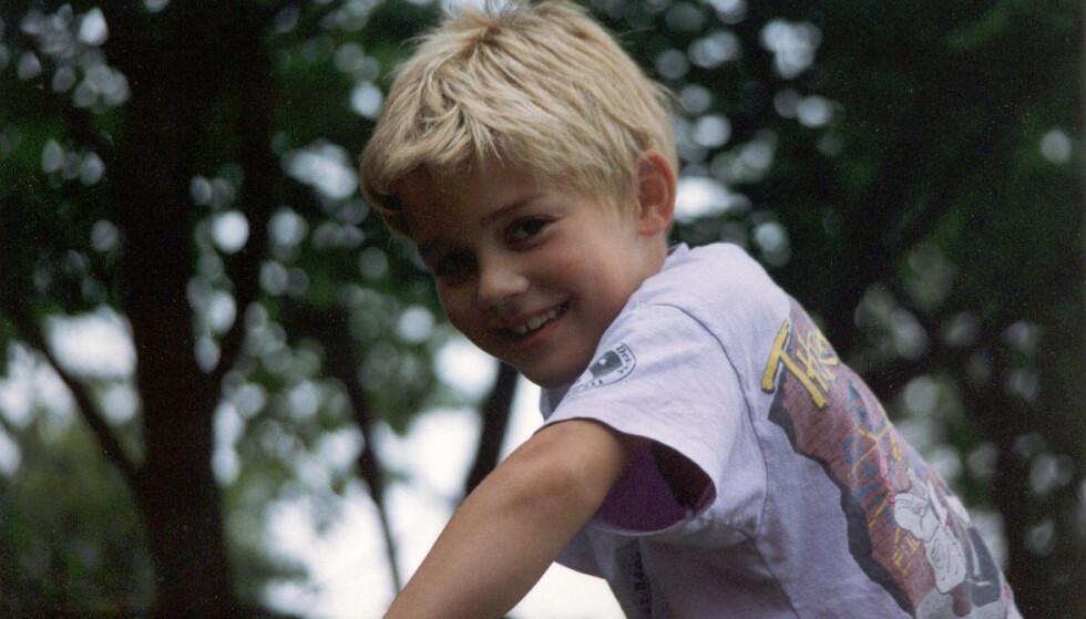 FIKK DEMENS: Wille fikk demens da han var kun 12 år gammel. Til slutt kjente han ikke igjen sine egne foreldre. FOTO: Privat