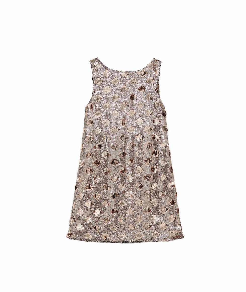 Kjole fra Zara |550,-| https://www.zara.com/no/no/kjole-med-romber-og-paljetter-p08146113.html?v1=8290924&v2=1074622