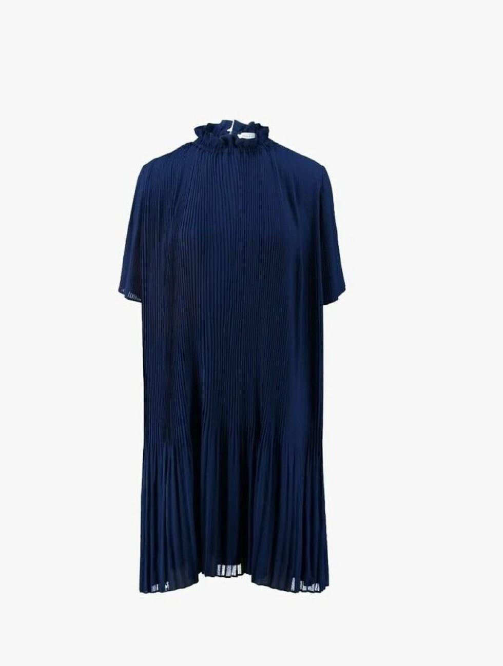 Kjole fra Samsøe & Samsøe |1195,-| https://www.zalando.no/samsoe-and-samsoe-malie-sommerkjole-blue-sa321c074-k11.html