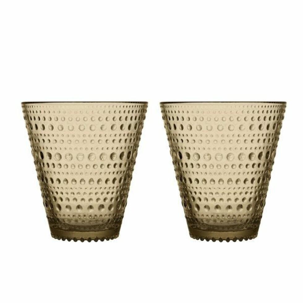 Glassene «Kastehelmi» er blitt et samleobjekt (kr  240 for to, Iittala).