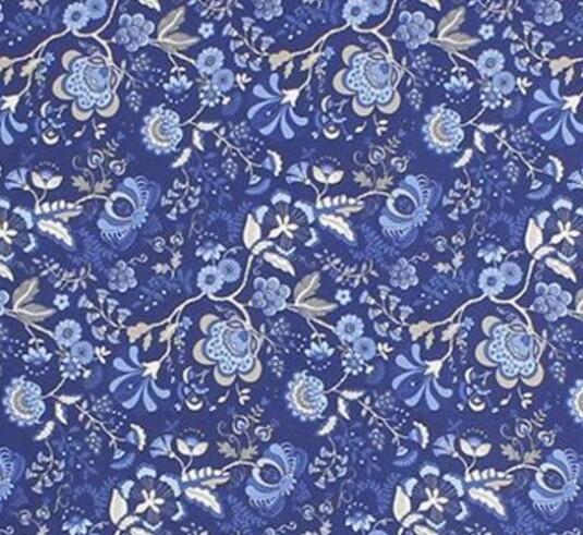 Silketørkle fra Amanda Christensen |450,-| https://www.miinto.no/p-973849-blatt-amanda-christensen-silketorkle