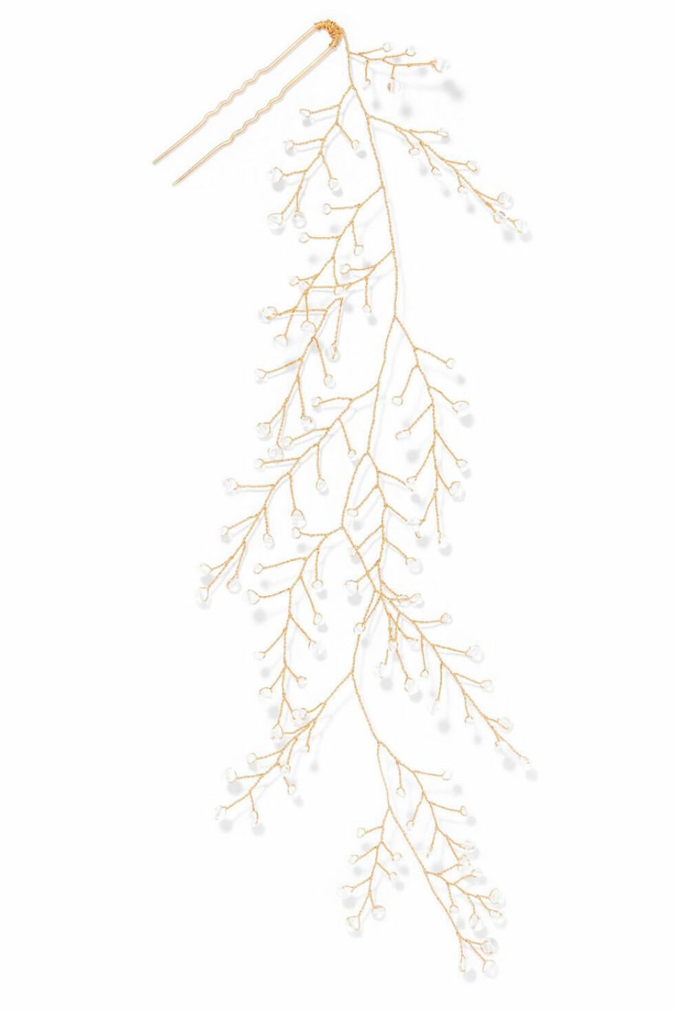 15 /quatorze |1800,-| https://www.net-a-porter.com/no/en/product/1097382/14___quatorze/dewdrop-gold-tone-crystal-hair-pin